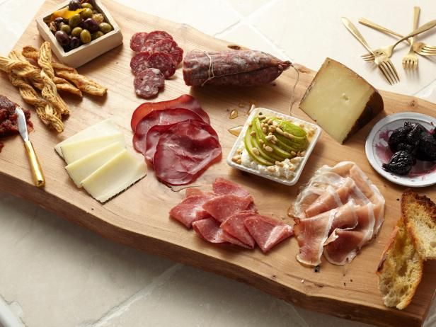 73cf6ddd5692a9d78b4bffe4a92a3ab8--meat-platter-antipasto-platter